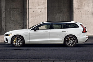 2022 Volvo V60 T8 AWD Recharge