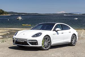 2019 Porsche Panamera Turbo S e-Hybrid